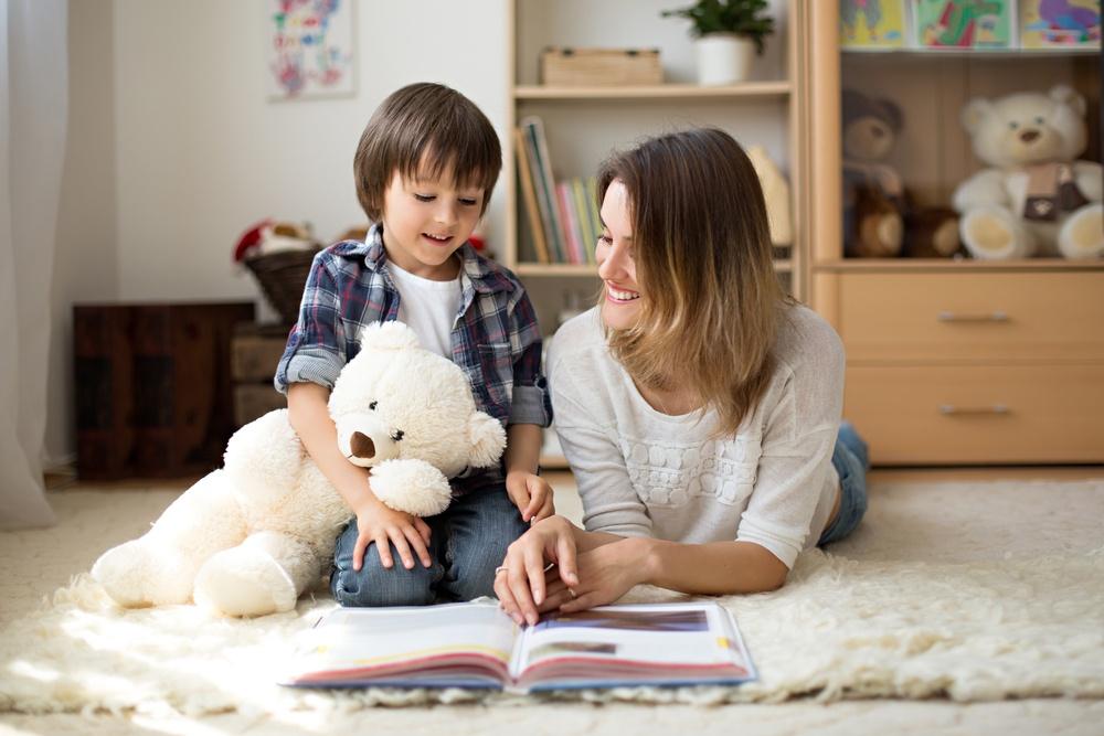 Healthstories-Πως-να-διαβάζετε-βιβλία-στα-παιδιά-για-να-γίνουν-καλοί-μαθητέ