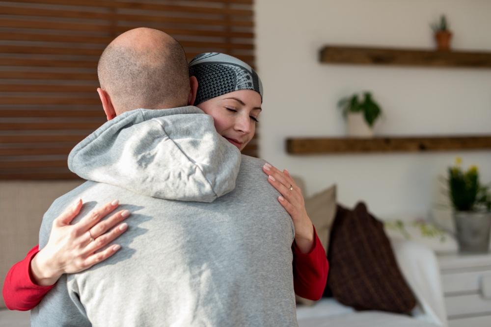 Healthstories-couple-hug