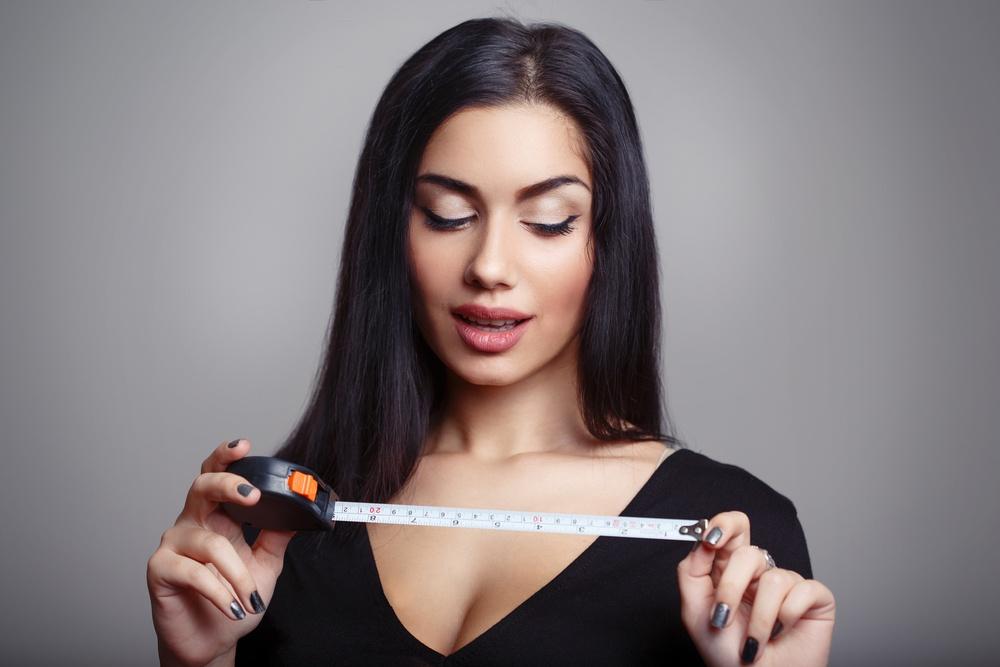 Μέγεθος πέους - Πλάτος ή μήκος επιλέγουν οι γυναίκες και τι προτιμούν σε μία σταθερή σχέση
