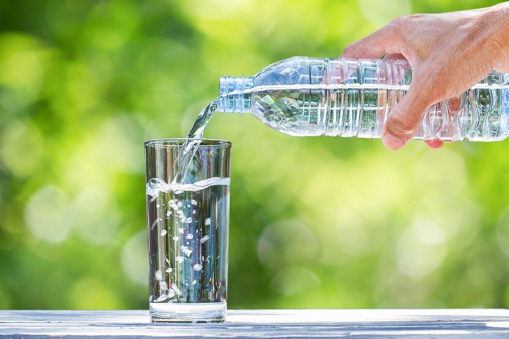 Healthstories-Τι είναι το αλκαλικό νερό - Είναι καλό για σένα;