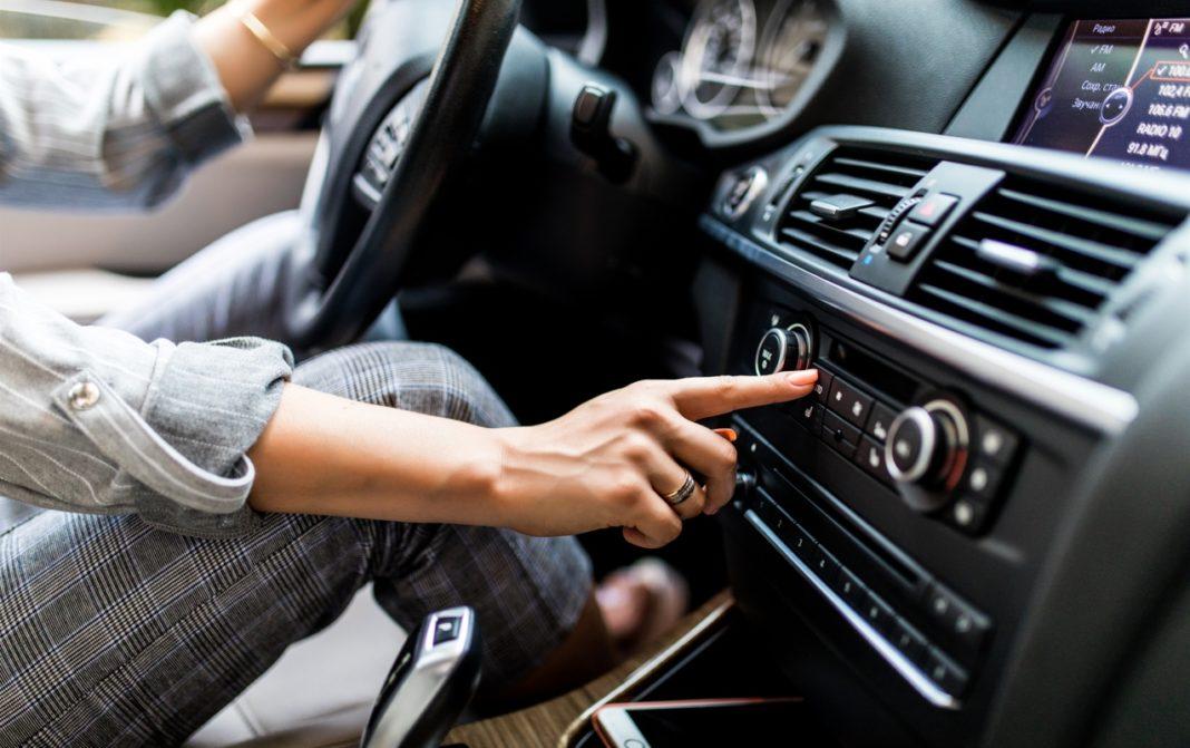Τα 5 βασικά λάθη που κάνουμε όταν ανοίγουμε το κλιματιστικό στο αυτοκίνητο