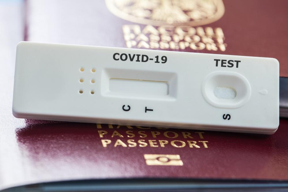 ΥΠΑ: Και με self test θα ταξιδεύουν προς τα νησιά οι έφηβοι 12-17 ετών