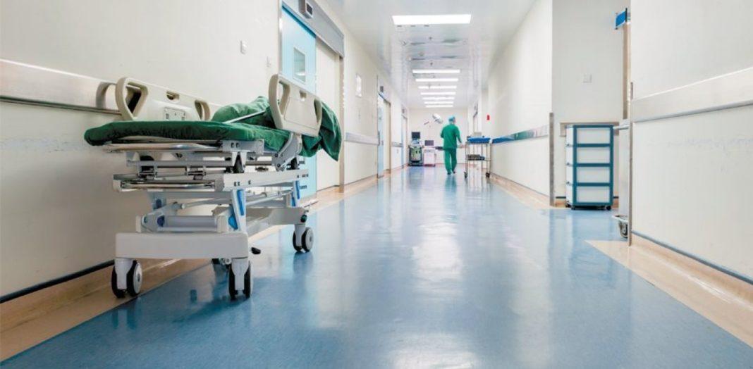 Ο πρώτος νεκρός - εμβολιασμένος και με τις δύο δόσεις - Νοσηλευόταν στο Παπανικολάου
