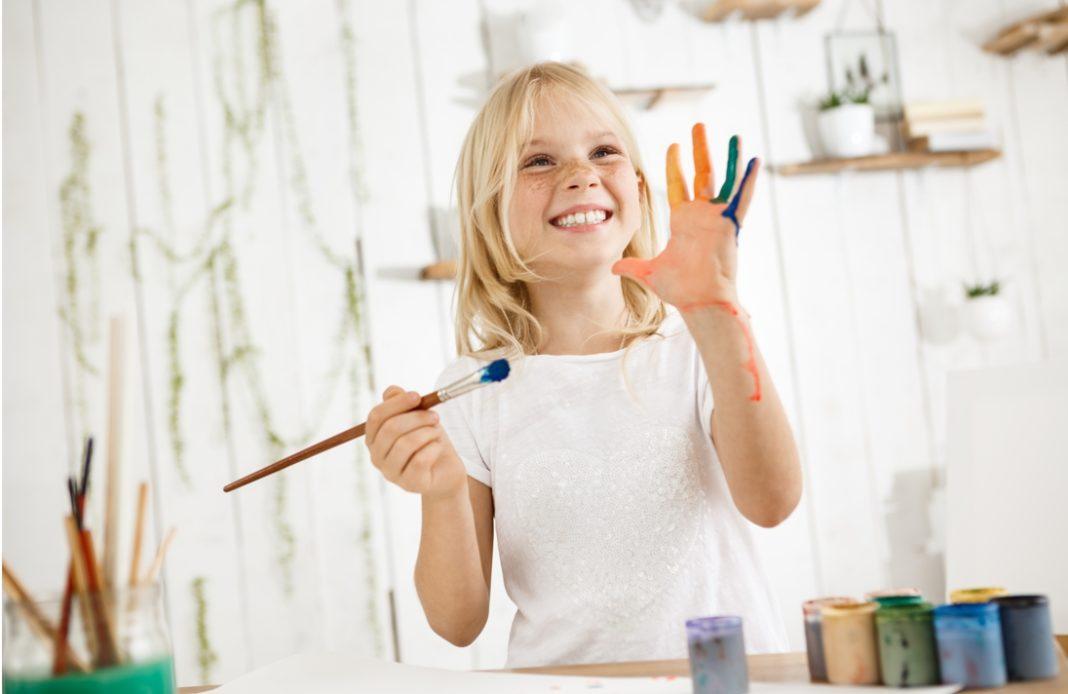 Λεκές από στυλό ή μαρκαδόρο; Δείτε πως θα τον καθαρίσετε